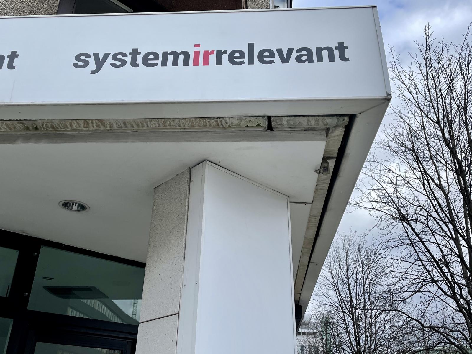 Systemirrelevant